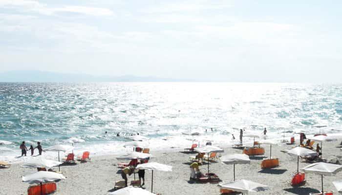 Numărul de rezervări pe litoral s-a triplat după anunţul ...